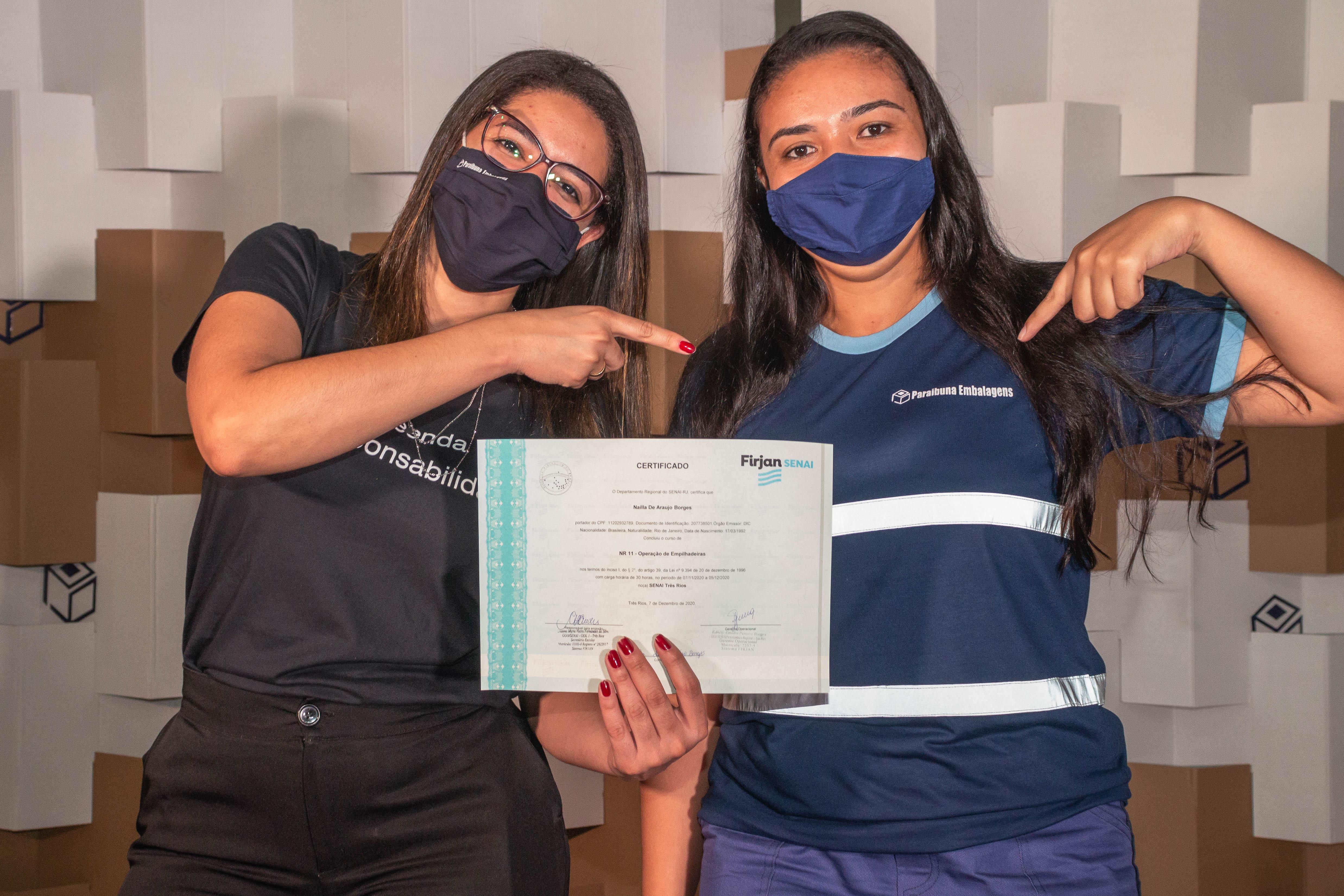 PARAIBUNA EMBALAGENS FORMA PRIMEIRA TURMA DO CURSO DE EMPILHADEIRA EXCLUSIVO PARA MULHERES